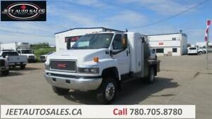 2007 GMC TC5500 with Sleeper and Flat Deck