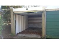 Garage for rent in the Cowley area