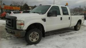 2008 Ford F250 XL 4x4, Crew Cab, 8 Foot Long Box, Tow package!