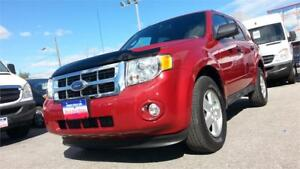 2009 Ford Escape XLT, 129k!! LEATHER, S-ROOF, 4X4, V6