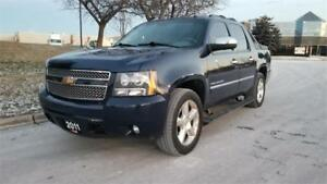 2011 Chevrolet Avalanche LTZ | Accident Free | Navi |Back Up Cam
