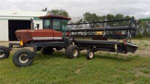 1996 Westward 9300 Windrower