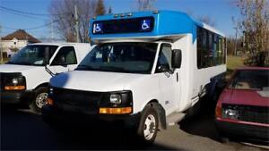 2011 Chevrolet Fourgonnette commerciale tronquée Express 4 500