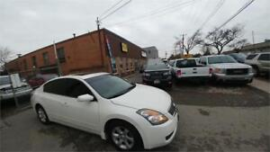 2009 Nissan Altima 2.5 SL TOP OF THE LINE ACCIDENT FREE FINANCIN