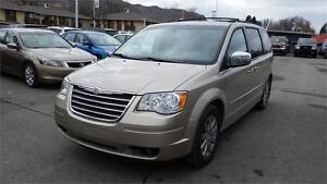 2009 Chrysler Town & Country Touring  STOW & G0