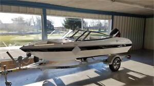 Campion Boats 485 Allante Bowrider w/ Trailer (2018)