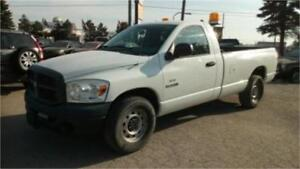 2008 Dodge Ram 1500, 8 foot Long box, Tow package! back rack!