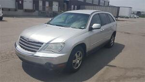 2007 Chrysler Pacifica Touring ** MUST SEE**