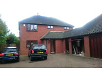 REDECORATED 4 BED HOUSE IN WALTON PARK, MILTON KEYNES - £1500pm