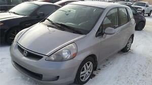 2007 Honda Fit 5-Speed MT 6 MONTHS FREE WARRANTY