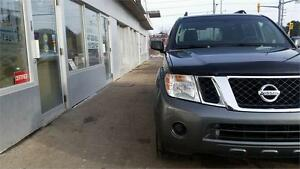 2008 Nissan Pathfinder S 4x4 7 passenger Certified and E tested.