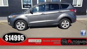 2014 FORD ESCAPE SE - Cruise, bluetooth, heated seats, b/u cam.