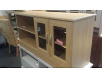 Oak veneer 2 door 1 shelf glass tv unit