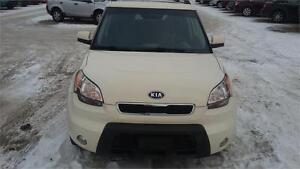 2010 Kia Soul     GREAT ON GAS  ALSO A FREE GAS CARD