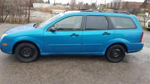 2007 Ford Focus SES HATCHBACK WAGON 1500.00 leather roof as is