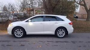 2013 Toyota Venza 4cyl loaded BT. VERY LOW KMS DLR MAINTAINED $1