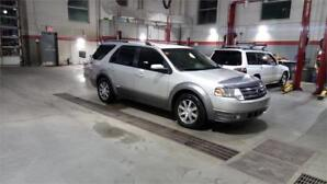 2008 Ford Taurus X SEL - AWD - ACCIDENT FREE!