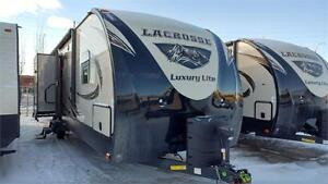 Absolutely Beautiful Travel Trailer with 3 Slides