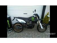 125cc 4 stroke Super-moto