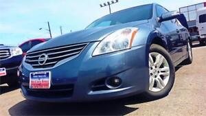 2010 Nissan Altima 2.5 SL / AUTO / LEATHER / S-ROOF / 82k