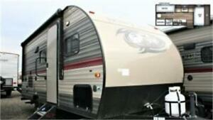 *CLEARANCE PRICE* WOLFPUP 16BHS-BUNKHOUSE