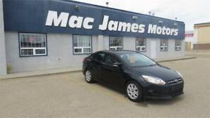 2014 Ford Focus SE.heated seats and Cruise control.