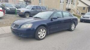 Nissan Altima 2005 Roule comme neuf 1800$