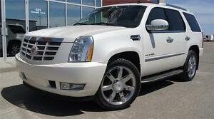2011 Cadillac Escalade IN MINT CONDITION!! Financing Yes!!