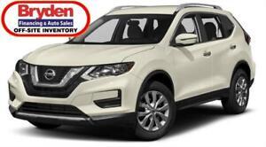 2018 Nissan Rogue SV / 2.5L I4 / Auto / AWD **Like New**