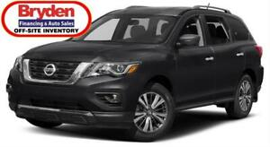 2018 Nissan Pathfinder SV Tech / 3.5L V6 / Auto / 4x4 **Rugged**