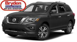 2018 Nissan Pathfinder SV Tech / 3.5L V6 / Auto / 4x4 *Special*