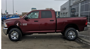 2017 RAM 3500 ST DIESEL CREW CAB SHORT BOX IN RED PEARL !!