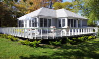 Beautiful Renovated Cottage, Directly on Lake Erie, very private
