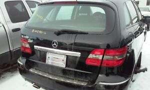 Pieces. Mercedes B200 2010 noir shock bumper