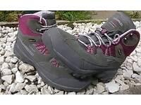 Ladies Walking boots UK 8