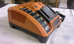 RAPID BATTERY CHARGER RIDGID LITHIUM ION 18V