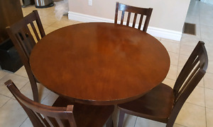 Dining table and 4 chair2,  Quality Solid Wood.