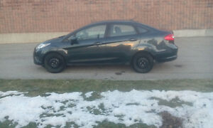 2011 Ford Fiesta Automatic $4800 certified and E test