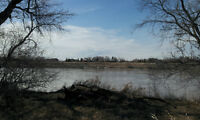 4.39 Acres Riverfront 5876 Henderson Highway
