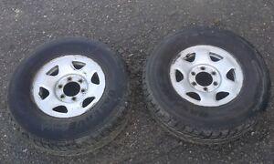 2 pneus Observe 265/70R15 avec rim / Faite une offre raisonnable
