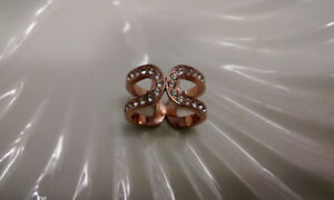 10c rose gold plated ring with Swarovski crystals