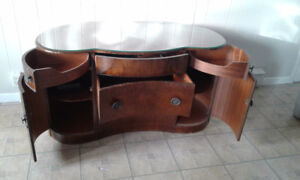 hutch style dresser