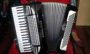 Accordeon piano a vendre