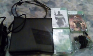 Refurbished 4gb Xbox 360 with 3 older games (plus all cords)