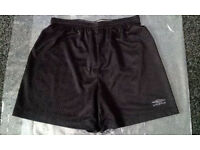 UMBRO MEN SHORTS - BLACK - UK SIZE M - USED IN GOOD CONDITION