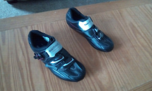 Shimano men's road cycling shoes size 43 (9) - Excellent cond.