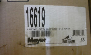 BRAND NEW MEYERS SUPER V SNOW PLOW for FORD SUPERDYTY Peterborough Peterborough Area image 7