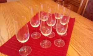Set of crystal glasses