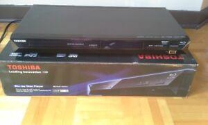 Lecteur DVD/Blu-Ray Toshiba - lecteur de clé USB 2.0