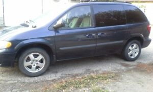 Awesome Family Van - 2007 Dodge Caravan